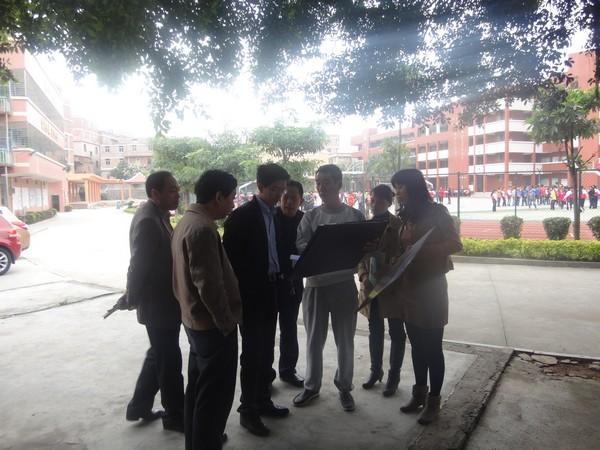 学校综合楼规划设计效果图展板和设计图纸,与校领导及霞福村