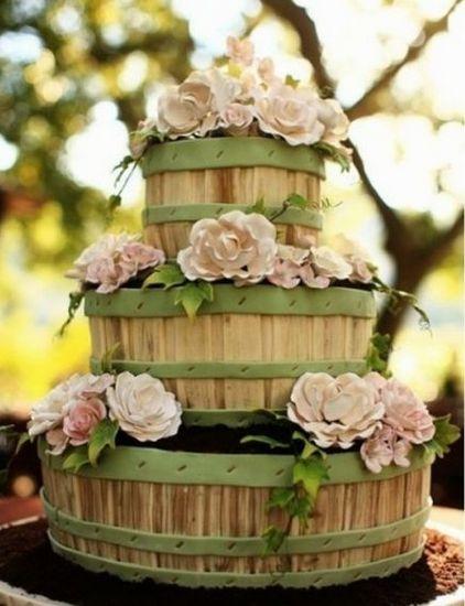 森林系主题婚礼蛋糕造型推荐