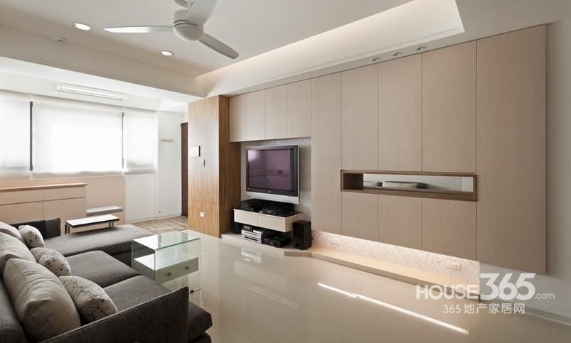小户型客餐厅装修:白橡木营造出极简风的质感,搭配单纯,浅柔的色调