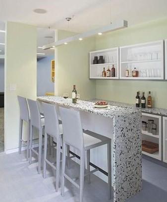 家庭小吧台设计效果图   小编总结:家庭小吧台,远离了传统酒吧的嘈