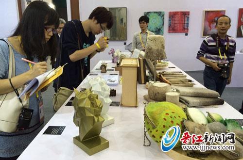 晋江木雕工艺品走红厦门文博会