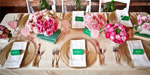 西餐餐具怎么摆放 西式婚宴餐具摆放礼仪—婚嫁资讯