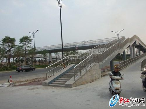 晋江机场连接线新店天桥投用