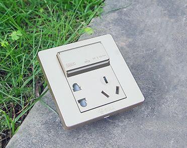 牛货测评!公牛USB插座让你远离充电烦恼