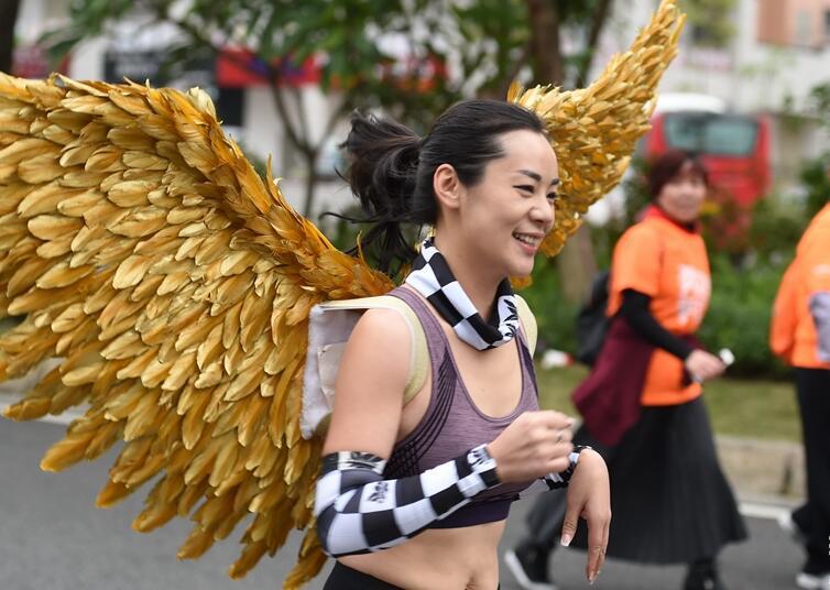 晋江国际半程马拉松赛举行