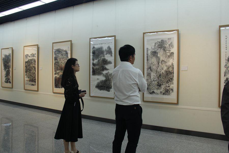 """""""美丽中国""""手绘作品展"""