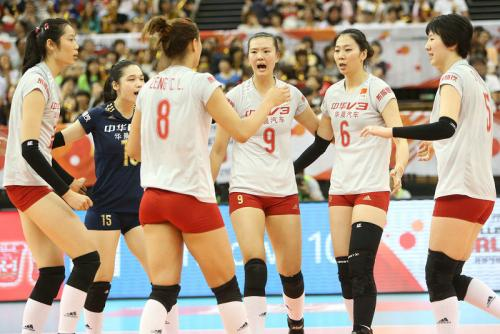 中国队位居东京奥运会女排预选赛B组