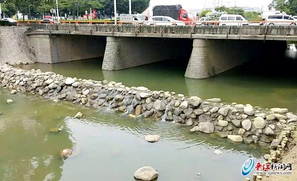 晋江市领导检查河长制工作