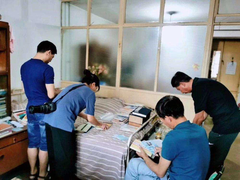 晋江籍著名诗人蔡其矫先生遗物捐赠家乡博物馆