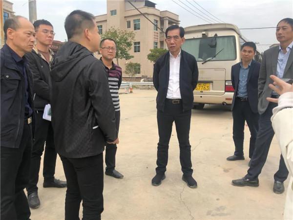 晋江市领导检查湖漏溪整治情况