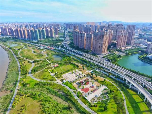 逛300米空中栈道,来晋江流域晋江段边的这座公园